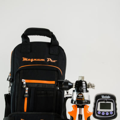 Magnum Pro M-10 Hydraulic Calibration Pump with canvas bag