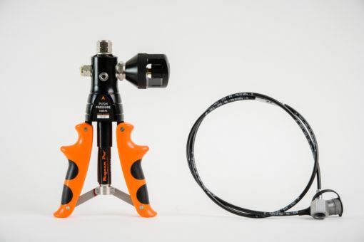 Magnum Pro MVP 600 Pneumatic Calibration Combination Hand Pump